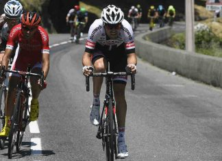 Tom Dumoulin winnaar etappe 9 Tour de France in de Pyreneeën VI Images